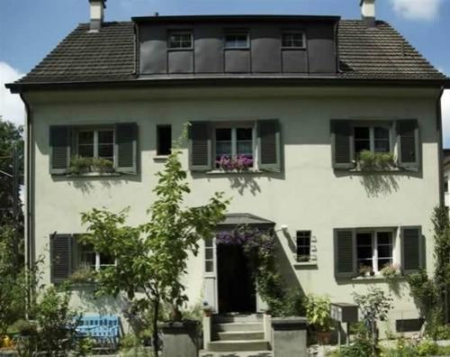 Miete: helle Wohnung, Quartier Veltheim